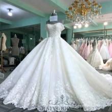 Weiße Fleck-Ballkleid-Hochzeits-Kleider geschwollen, die weg von der Schulter-langen Zug-imperialen spätesten Brauthochzeits-Kleider Dubai bördeln