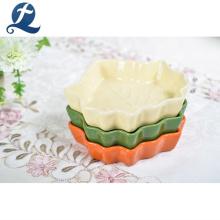 Plato de cerámica en forma de hoja de vajilla de restaurante de alta calidad