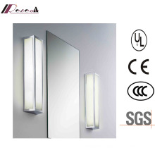 Modern Simple Bathroom Vanity Wall Light with IP44