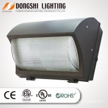110 * 130 Ángulo de haz IP65 XTE 40W / 60W / 80W / 100W montado en la pared al aire libre luz LED