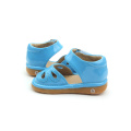 Nueva Llegada Perfect Quality Blue Hollow Squeaky Sandals