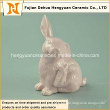 Figuras cerâmicas do coelho de Easter para o ornamento pequeno