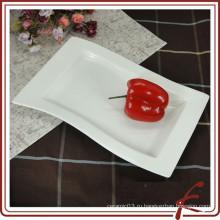 Белый керамический прямоугольный сервировочный диск для еды