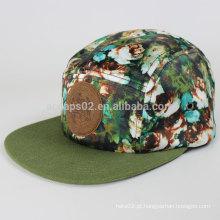 Bonito chapéu de painel com logotipo de couro
