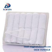 26x26cm White Color Disposable Feature Flight Towel in Tray 26x26cm White Color Disposable Feature Flight Towel in Tray