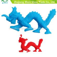 La magia al por mayor de la expansión de los animales que cultiva el dragón de agua juega el estilo mezclado del color