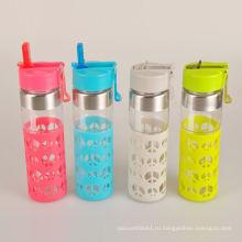 Рекламный безопасный переносной ребенок стеклянная бутылка воды с силиконовой втулкой