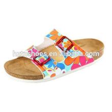 Sandálias de verão das mulheres deslizamento macio da praia na sandália plana do salto