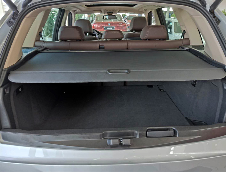 SUV Trunk Cargo Cover