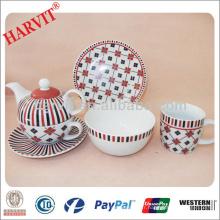 Design géométrique moderne Lignes noires et rouges Ensembles de thé en céramique / Chine Fabricants de vaisselle Tasse de théière en porcelaine / Ensemble de thé anglais