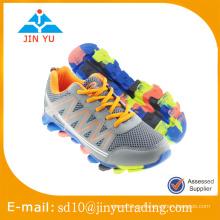 China zapatos al por mayor del acoplamiento del deporte de los hombres del precio de fábrica al por mayor