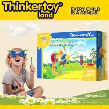 Пластиковые игрушки ребенка образования игрушек