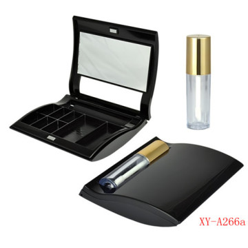 Wholesale Makeup Eyeshadow Palette With Lipgloss Tube