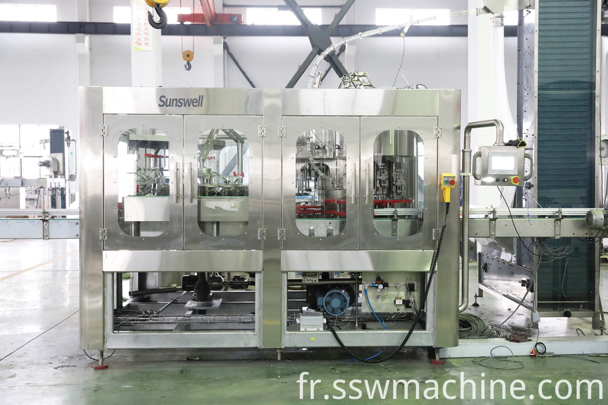 Automatic Glass Bottling Plant