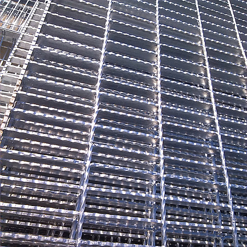 Weld Serrated steel grating