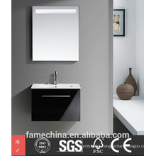 2015 Hot Selling Extremely Designs Bathroom Mirror Cabinet With Light