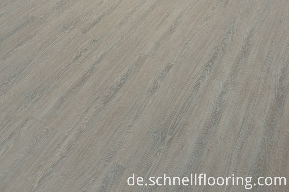 Oak Luxury Vinyl Flooring