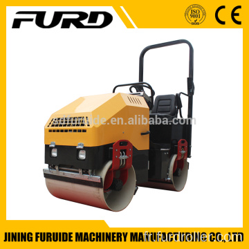 30KN Twin Drum Small Road Roller with Famous Engine (FYL-900)