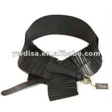 Cintos de couro elásticos e reais das mulheres da forma