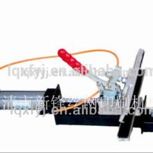 Pneumatic screen stretcher