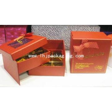 Два ящика для упаковки шоколадных конфет с пластиковым окном