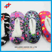 2015 latest various pattern cheap girls comfortable soft winter home socks for fashion