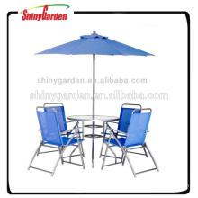 Bistro-Set im Freien mit Regenschirm