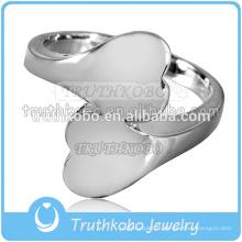 Spécialiser anneau de crémation en acier inoxydable bague en forme de coeur urne cendres