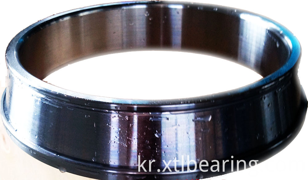 Middle tapered bearing ring