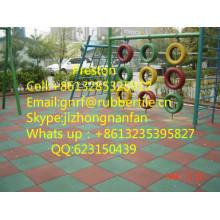 Revêtement de sol en caoutchouc pour aire de jeux pour enfants