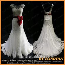 Weißes alibaba Hochzeits-Kleid mit rotem Satinband Eine Linie elegantes Hochzeitskleid rote Bogenknotenspitze niedriges rückseitiges Brautkleid von China