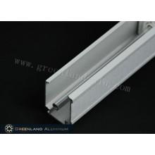 Kopfschiene und Kippstange aus Aluminium für Raffrollos