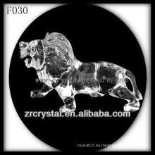 León esculpido a mano de cristal K9