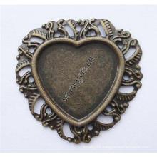 Gets.com iron 18 k cabochon sapphire ring