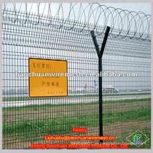 Tipo de Y poste de baja alambre de acero alambre cerca del aeropuerto