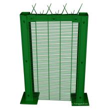 Fábrica de valla de hierro anti recubierto de PVC 358