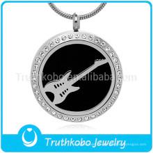 Personalisierte Memorial mit Kristall schwarze Gitarre Muster geformt Anhänger ätherisches Öl Diffusor Halskette für Männer