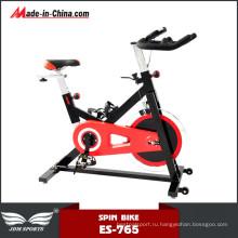Фитнес-упражнения в вертикальном положении тела скульптуры Спиннинг велосипед для продажи
