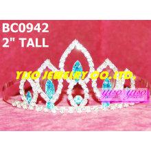 Sencillas coronas y tiaras de cristal
