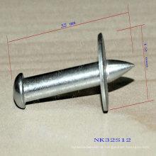 Red Hit Nails, Bullet Head Nails, Explosive Powder Nail Gun