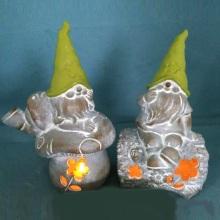 OEM Stone Finish Resin LED Lighted Dwarf for Yard Decoration