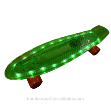 NOVO DESIGN HOT VENDA LED PLASTIC MINI SKATEBOARD CRUISER DECKS