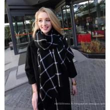 Nouvelle écharpe à carreaux noirs et d'hiver en cachemire