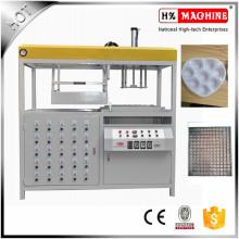 Machine de thémoformage à vide pour les pains au chocolat