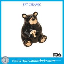 Bière noire avec pot d'animaux en céramique empreinte