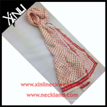 China que imprime la fábrica al por mayor Azo libera 100 bufandas de seda de la tela cruzada de la seda