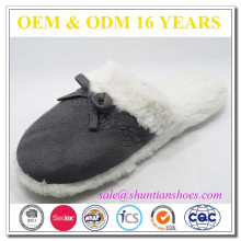 New design women embroidered cozy suede upper plush lining room slipper