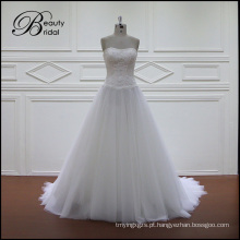 Beading Lace A linha de vestidos de noiva Chiffon
