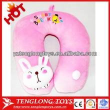 Peluche de dibujos animados lindo conejo en forma de almohada de cuello de peluche de color rosa
