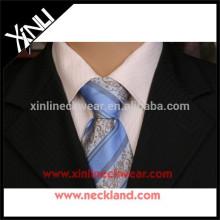 Corbatas baratas al por mayor del precio bajo al por mayor 100% hechas a mano del nudo perfecto